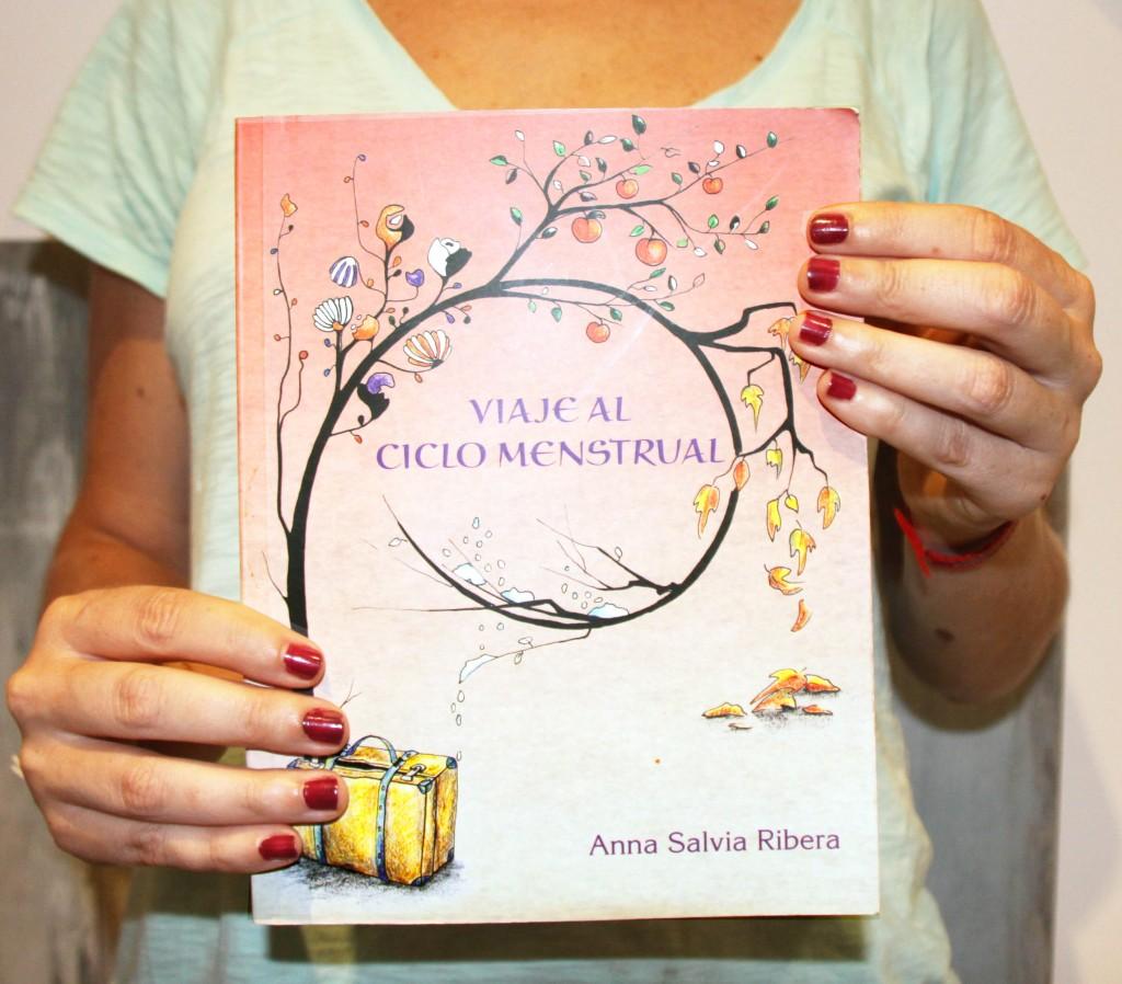Libro Viaje al ciclo menstrual